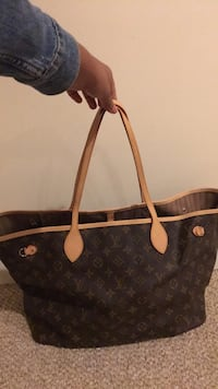 Louis Vuitton handbag Woodbridge, 22192