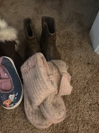 Girl shoes size 5/6