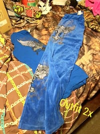 Woman's outfit size 2x Clyde, 14433
