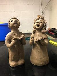"""Garden singers outdoor solid figures approx 9"""" tall Surrey, V3V 6N2"""