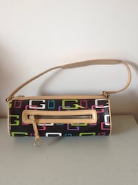 Guess USA small purse Vancouver, V5M 4C4