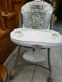 Excellent Fisher Price  high feeding chair for $30. Toronto, M1V 2N7