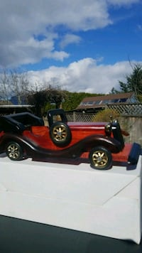 Crafted Wooden Classic Vintage Car