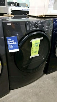 Kenmore electric dryer 27inches!  Queens