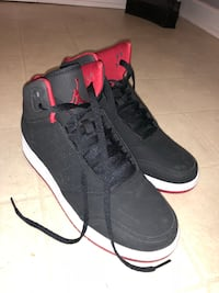 Black & Red Jordan's Size 7y Mississauga