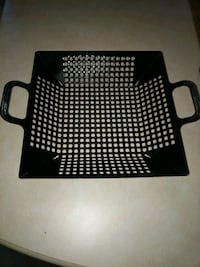 BBQ Nonstick Vegetable Grill Basket Large Like New Frederick, 21704