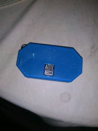 blue and black portable speaker Plymouth, 44865