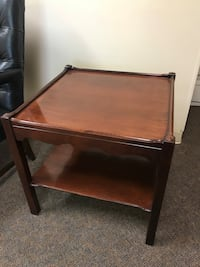 Beautiful traditional side tables Tampa, 33609