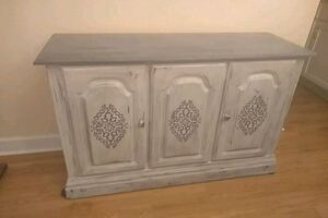 Refurbished Buffet/Ssorage cabinet / Solid, solid as a rock!!!