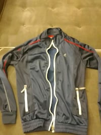 blue and red zip-up jacket men's medium Vancouver, V5X 1R8