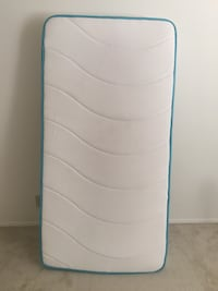 Twin Mattress (tempurpedic type material)   Arlington, 22202