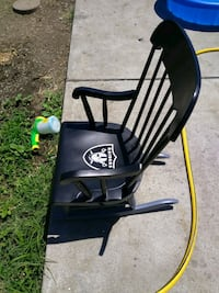 Used kids rocking chairs. Giants and Raiders. Rodeo, 94572