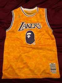 Bape Lakers jersey xl