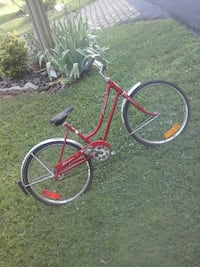 red and gray cruiser bicycle Aberdeen