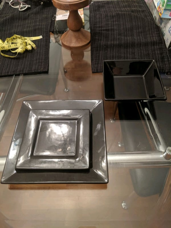 Black Dishes 1