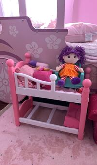 Doll bunk bed Whitby, L1M 0A4