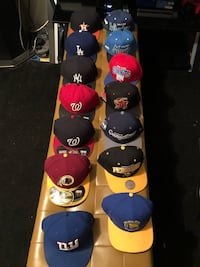 Fitteds and SnapBacks For Sell  Oxon Hill, 20745
