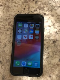 iPhone 7 32 Gb AT&T under warranty until May 2020 best offer gets it  Portland, 97202