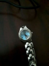 Ladies silver fossil f2watch