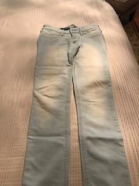 Ladies Hollister jeans.  Vaughan