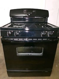 GE 30 Inch Gas Range - In Great Shape - $100