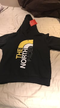 Brand new size lrg north face long sleeve  Burlington, L7M