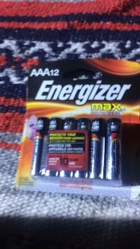 black and red Duracell battery