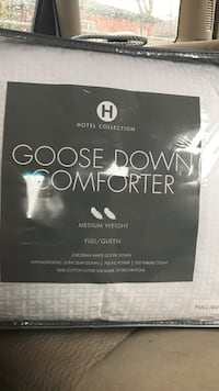 Hotel Collection Goose Down Comforter Medium weight fit for Full/Queen
