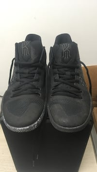 Kyrie 3's Triple Black  3736 km