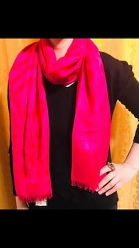 Burberry scarf in dark pink shade  Edmonton
