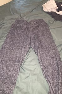 Sweat pants size medium