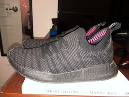 Nmd stlt triple black size 9 barley worn