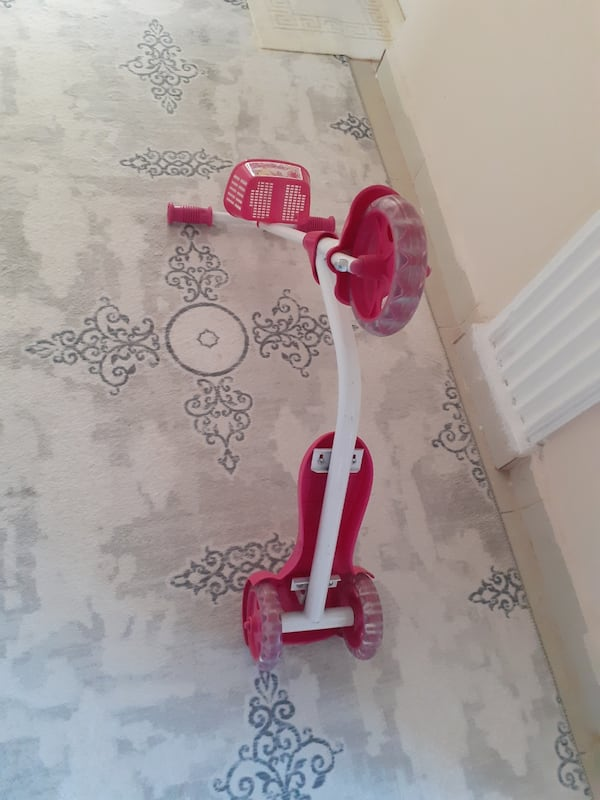 Yeni gibi scooter 1ee4fc37-0b80-4f1a-be56-54e2713db12c