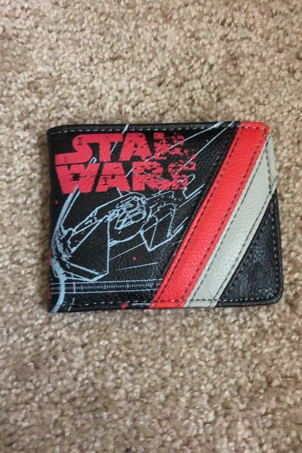 Star Wars Wallet a9b058f7-0459-4e79-9278-73505ef44e3f