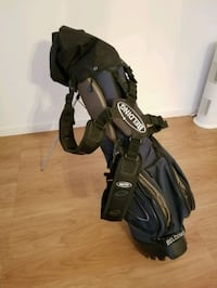 Golf club set with carrier  New Westminster, V3M 5Z7