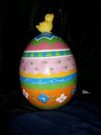 David's Cookies egg shaped Cookie jar Albertson, 11507