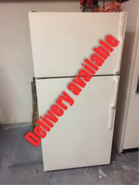 Refrigerator + Delivery Available + White Boynton Beach, 33426