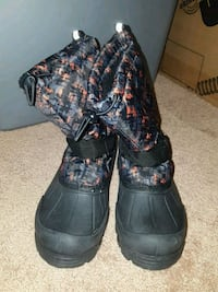 Snow boots Frederick, 21703