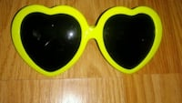 yellow and black framed sunglasses Philo, 43771