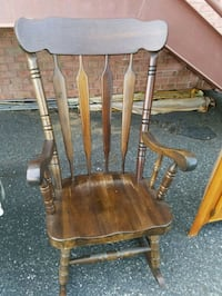 LARGE WOODEN ROCKING CHAIR  Forest Hill, 21050