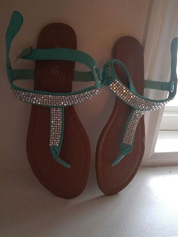 120abc1b59b1 Used S7 Women sandals with bling OBO for sale in Moncton - letgo
