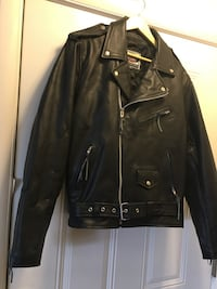 Black leather zip-up jacket size 50 Heavy duty River Road Medium Quilted lining very high quality. Excellent condition.  Great motorcycle jacket  Like new   $150 Virginia Beach, 23452