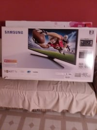 "48"" Samsung smart tv LED"