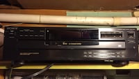 Black and gray dvd player Laval, H7N 3P6