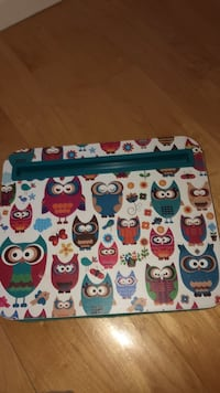 Portable owl desk tray with cushion underneath. GreT to use when kids are sick in bed. Laval, H7Y 2C1