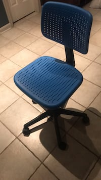 blue ikea roll chair Leesburg