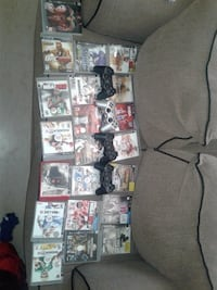 18 ps3 games 4 controllers West Columbia