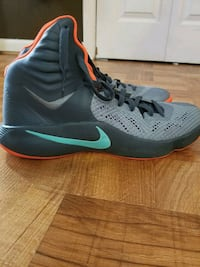 Nike basketball shoes Knoxville, 37920