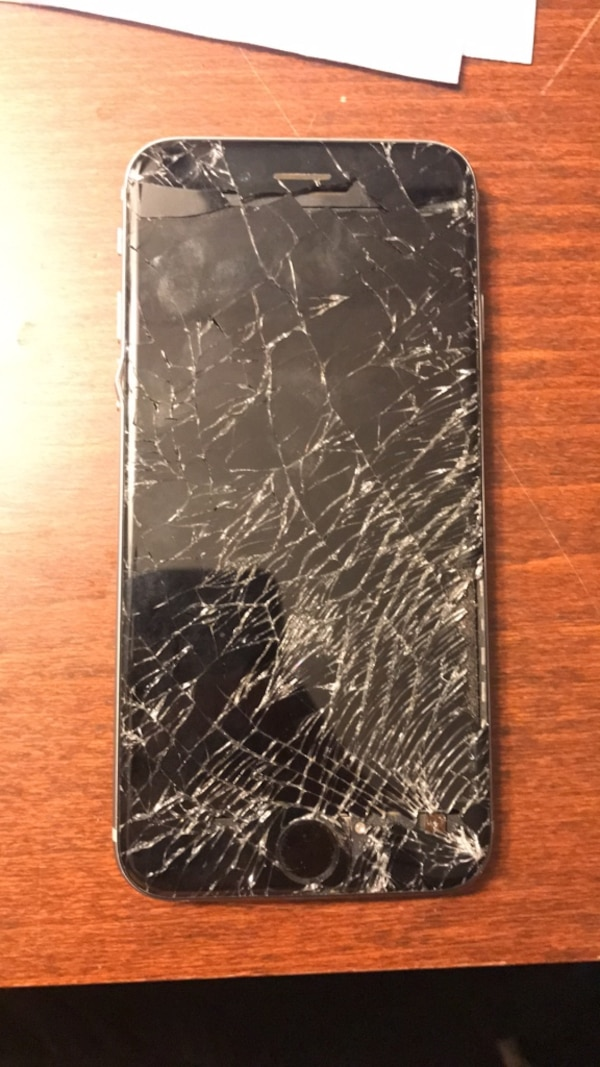 newest bb281 af4e9 Broken iPhone 6
