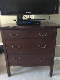 3 drawer dresser (scratched on top)